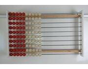 100er Lehrer-Rechenrahmen, rot/weiss RE-Wood® mit beschreibbarer Blende