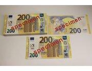 Geld 100 Stück Euro-Scheine Spielgeld zu 200 Euro