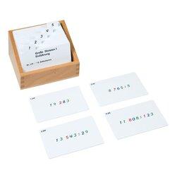 Kasten mit Aufgabenkarten für die große Division