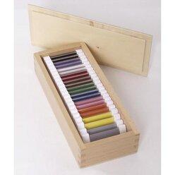 je zwei Täfelchen in 11 Farben + Kasten