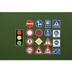 Verkehrszeichen-Satz für die Tafel im Koffer 218 Teile, ab 5 Jahre
