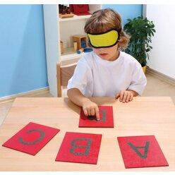 Sandpapier-Großbuchstaben, 29 Stück