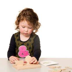 Erfinde eine Geschichte!, Legespiel mit Aufgabenkarten, ab 3 Jahre
